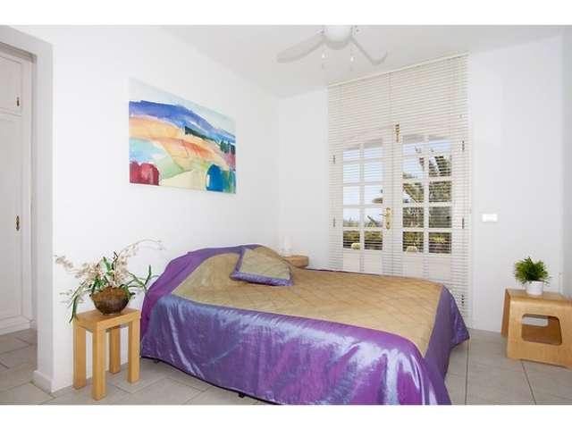 Third double bedroom - Villa Las Palmitas, Puerto del Carmen, Lanzarote
